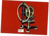 http://omekax.grinnell.edu/PhysicsInstrumentMuseum/files/original/6c80d215384f81e501b68967b0b32a16.jpg image/jpeg thumbnail
