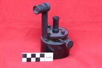 http://omekax.grinnell.edu/PhysicsInstrumentMuseum/files/original/53322c6d6814551e5ed1f2ae9c9a7dae.JPG image/jpeg thumbnail